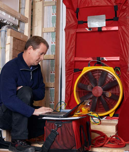 Energieberater Landesberger, Blower-Door-Messung